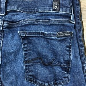 7 For All Mankind Gwenevere Crop Zip Jeans Size 30